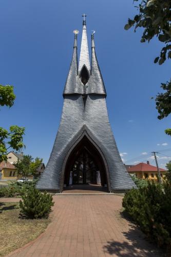 Szentháromság-templom (Velemér)