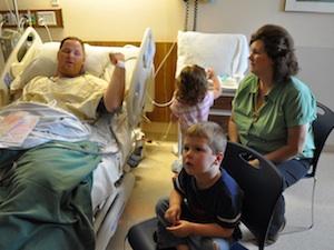 végbélrákos fiatal betegek férgek felnőtteknél tünetek